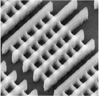 <i>An SEM of Intel's high-speed, low-power finFET variant on its 22nm process (Source: Intel)</i>